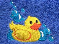 Handtuch mit Badeente bestickt