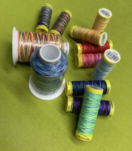 Overlock Multicolour-Garn